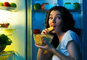 Stop-Emotional-Eating-With-These-5-Tips